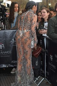 lizzie-cundy-braless-see-through-to-nipples-and-thong-asian-awards-in-london-06