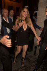 mariah-carey-nipple-pasties-at-vip-room-accor-hotels-arena-in-paris-01