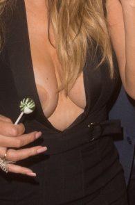 mariah-carey-nipple-pasties-at-vip-room-accor-hotels-arena-in-paris-20