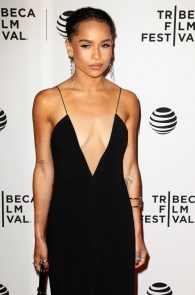 zoe-kravitz-cleavage-at-vincent-n-roxxy-premiere-tribeca-06