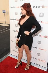 ariel-winter-deep-cleavage-at-modern-family-atas-emmy-event-10
