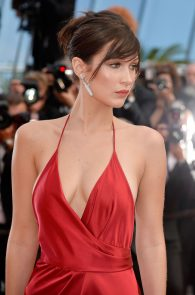 bella-hadid-pubes-at-la-fille-inconnue-premiere-in-cannes-18
