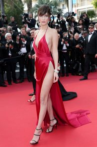 bella-hadid-pubes-at-la-fille-inconnue-premiere-in-cannes-19