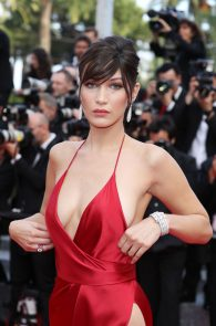 bella-hadid-pubes-at-la-fille-inconnue-premiere-in-cannes-20