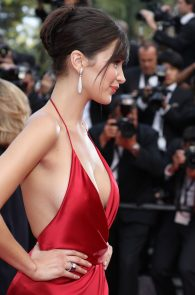 bella-hadid-pubes-at-la-fille-inconnue-premiere-in-cannes-22