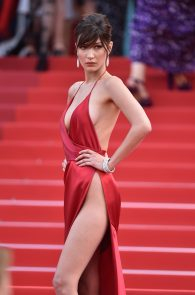 bella-hadid-pubes-at-la-fille-inconnue-premiere-in-cannes-30