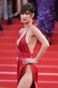 bella-hadid-pubes-at-la-fille-inconnue-premiere-in-cannes-31