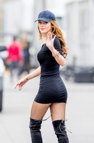 bella-thorne-puffy-nipples-on-the-set-of-you-get-me-in-san-pedro-07