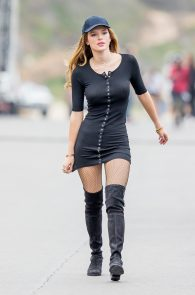 bella-thorne-puffy-nipples-on-the-set-of-you-get-me-in-san-pedro-10