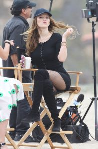 bella-thorne-puffy-nipples-on-the-set-of-you-get-me-in-san-pedro-25