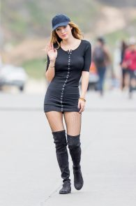 bella-thorne-puffy-nipples-on-the-set-of-you-get-me-in-san-pedro-27