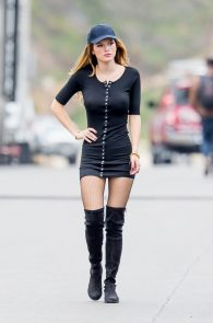bella-thorne-puffy-nipples-on-the-set-of-you-get-me-in-san-pedro-28
