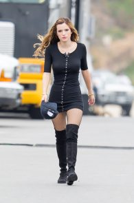bella-thorne-puffy-nipples-on-the-set-of-you-get-me-in-san-pedro-31