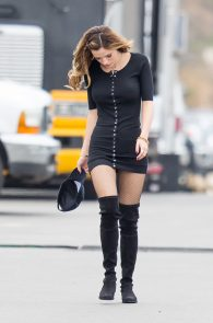 bella-thorne-puffy-nipples-on-the-set-of-you-get-me-in-san-pedro-36