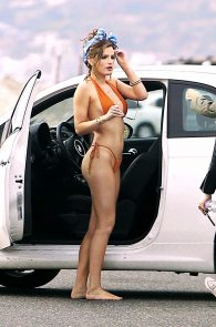 bella-thorne-tiny-bikini-photo-shoot-on-zuma-beach-29