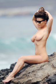 chantelle-connelly-topless-in-tenerife-10