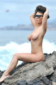 chantelle-connelly-topless-in-tenerife-16
