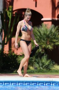 gemma-atkinson-wearing-a-bikini-in-puerto-banus-15
