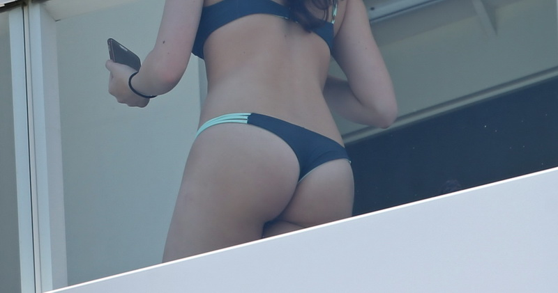 hailee-steinfeld-wearing-a-thong-bikini-ass-shots-2