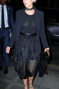 jennifer-lawrence-braless-see-through-to-nipples-in-new-york-02