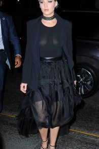jennifer-lawrence-braless-see-through-to-nipples-in-new-york-03