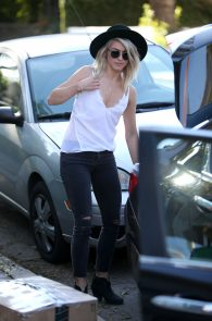 julianne-hough-downblouse-cleavage-in-west-hollywood-02