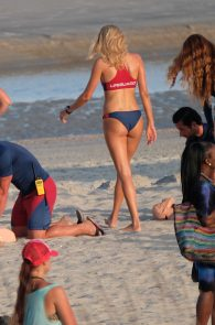 kelly-rohrbach-alexandra-daddario-wearing-bikinis-on-the-set-of-baywatch-07
