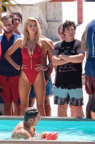 kelly-rohrbach-alexandra-daddario-wearing-bikinis-on-the-set-of-baywatch-30