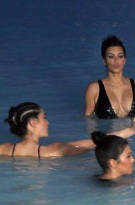 kim-kardashian-big-cleavage-in-swimsuit-in-iceland-13