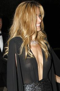 petra-nemcova-braless-see-through-in-cannes-02