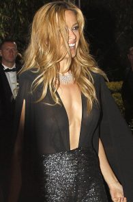 petra-nemcova-braless-see-through-in-cannes-04