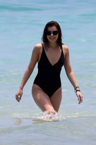 hailee-steinfeld-wearing-a-black-swimsuit-in-miami-18
