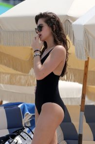 hailee-steinfeld-wearing-a-black-swimsuit-in-miami-24
