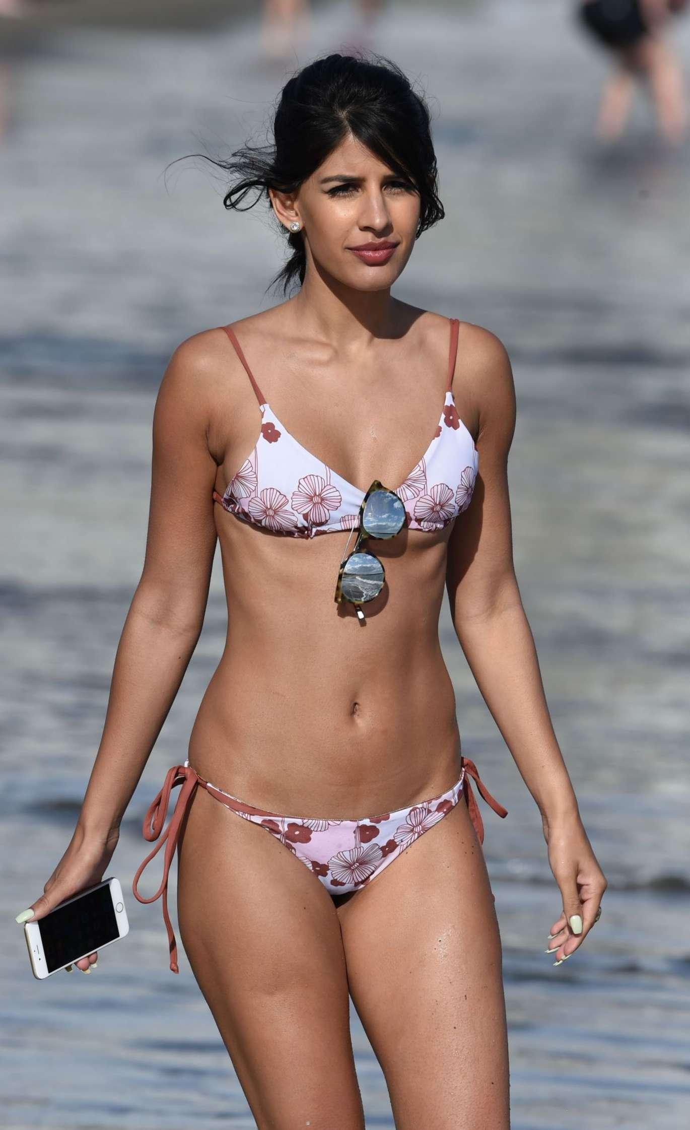 jasmin walia wearing a thong bikini in marbella 03 celebrity. Black Bedroom Furniture Sets. Home Design Ideas