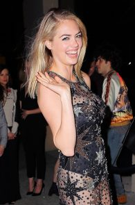 kate-upton-possible-pussy-lip-birthday-at-the-blond-21