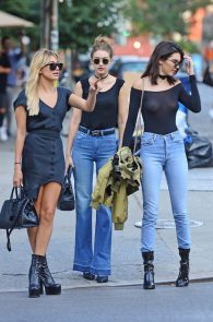 kendall-jenner-see-through-to-nipples-and-piercing-in-nyc-06