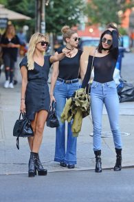 kendall-jenner-see-through-to-nipples-and-piercing-in-nyc-07
