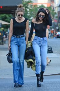 kendall-jenner-see-through-to-nipples-and-piercing-in-nyc-14