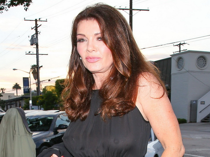 lisa-vanderpump-braless-see-through-top-at-craigs-01