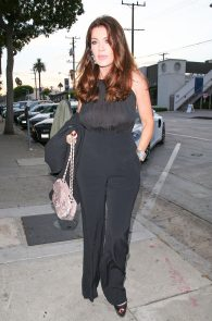 lisa-vanderpump-braless-see-through-top-at-craigs-07