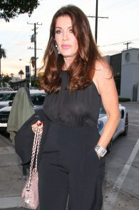 lisa-vanderpump-braless-see-through-top-at-craigs-10