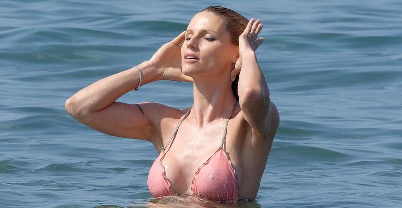 michelle-hunziker-wearing-a-bikini-in-forte-dei-marmi-24