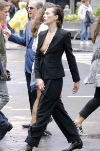 milla-jovovich-nipple-slip-on-vogue-magazine-photoshoot-03