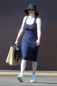 rose-mcgowan-braless-hard-nipples-while-out-shopping-09