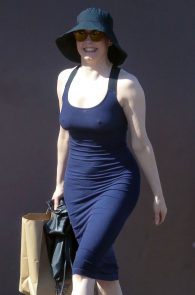 rose-mcgowan-braless-hard-nipples-while-out-shopping-10