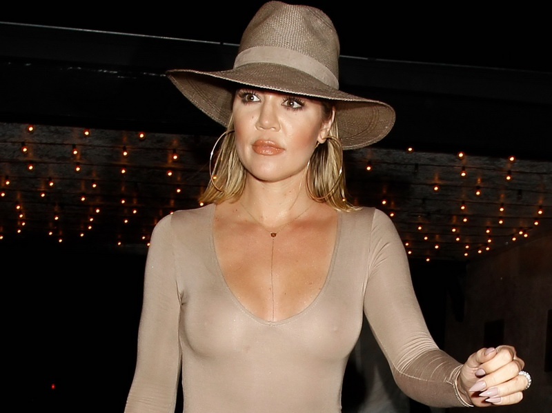 khloe-kardashian-braless-see-through-leaving-casa-vega-01