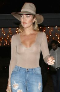 khloe-kardashian-braless-see-through-leaving-casa-vega-02