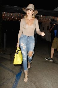 khloe-kardashian-braless-see-through-leaving-casa-vega-05