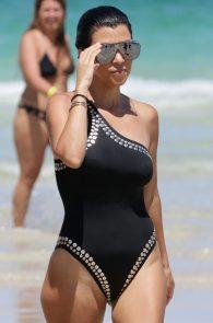 kourtney-kardashian-black-swimsuit-in-miami-14