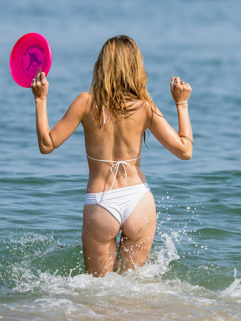 Bikini Ass Alice Roberts  nudes (79 pictures), Facebook, see through